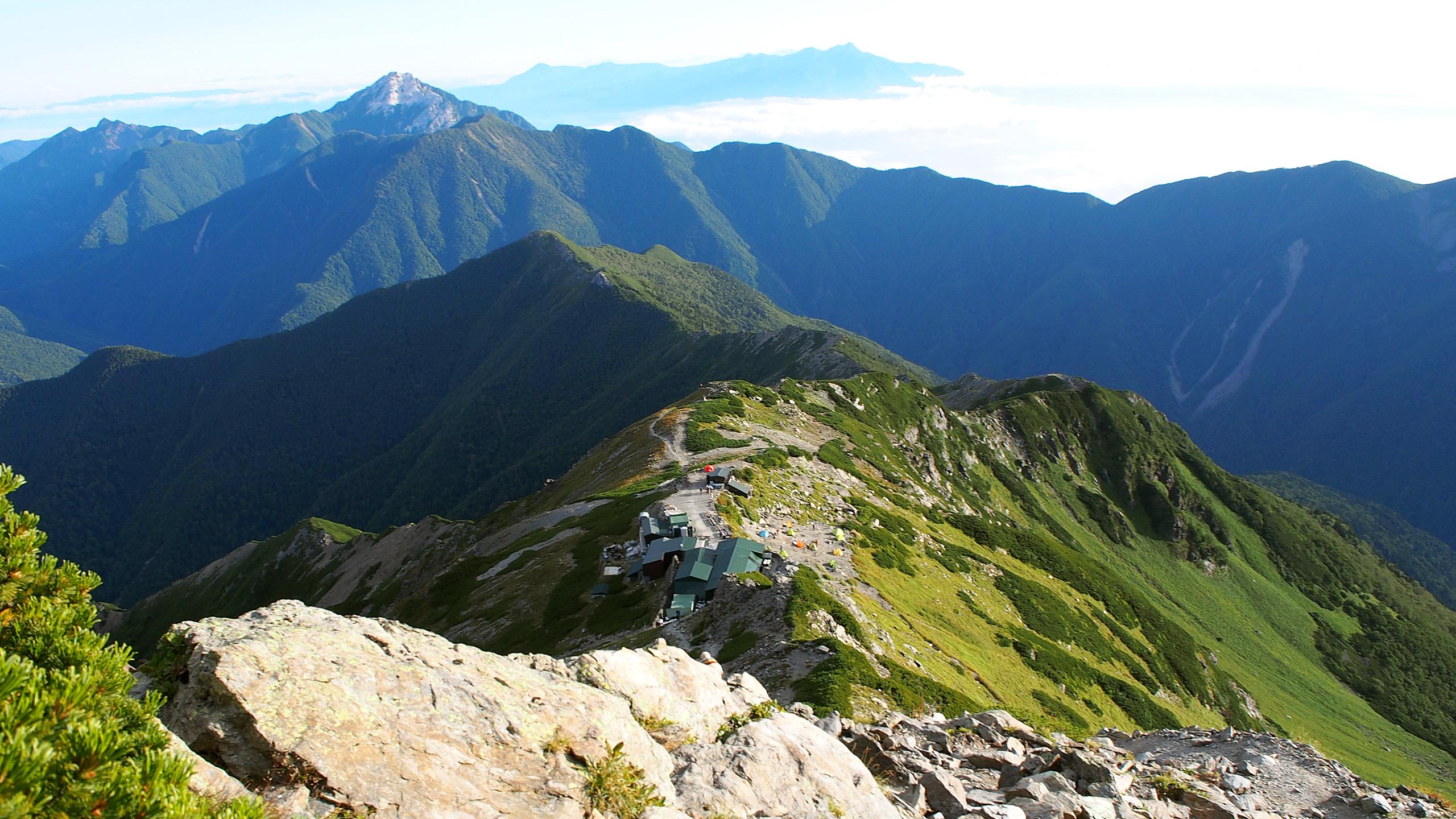 北岳から肩ノ小屋方面