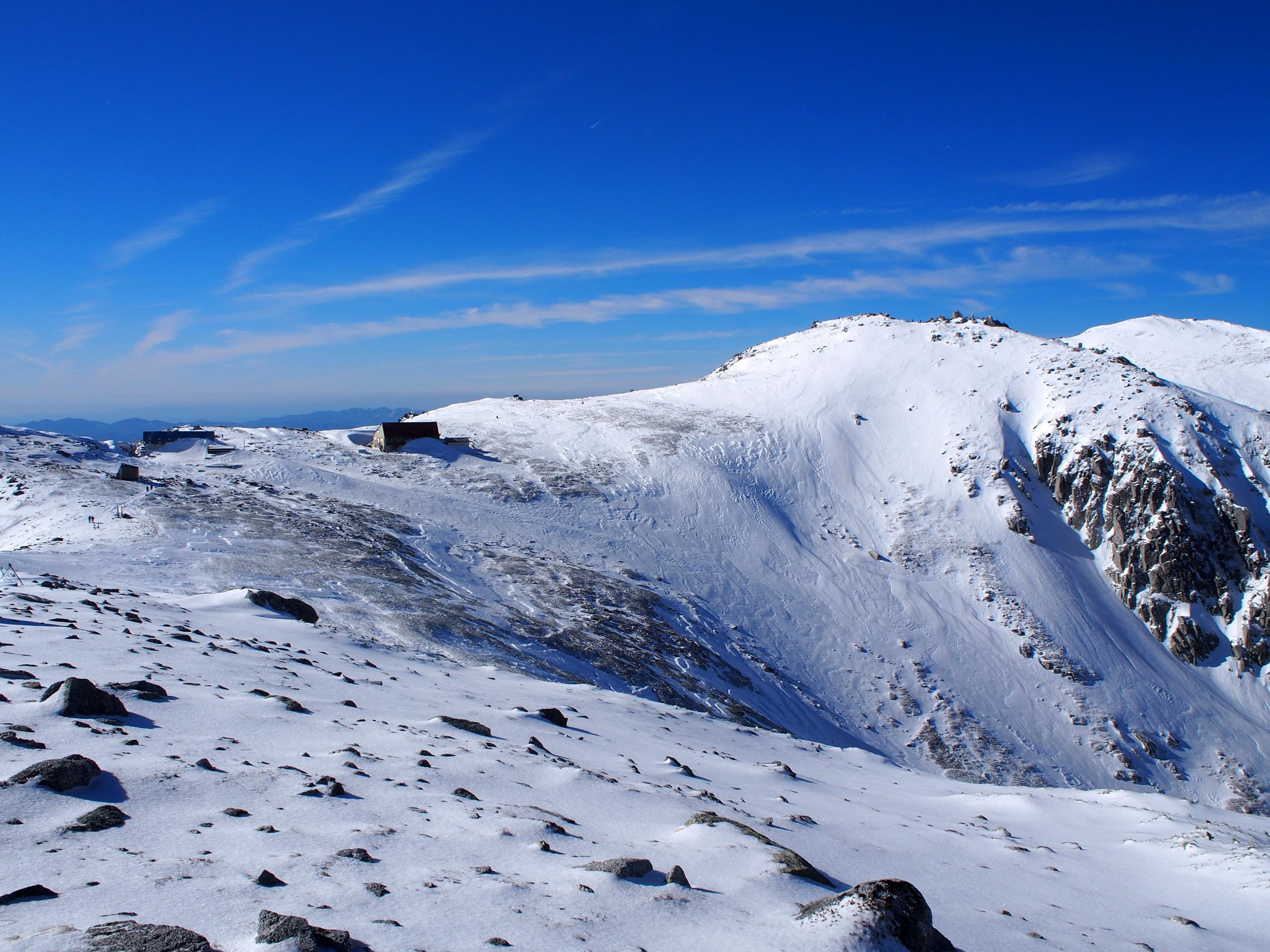 木曽駒までの稜線