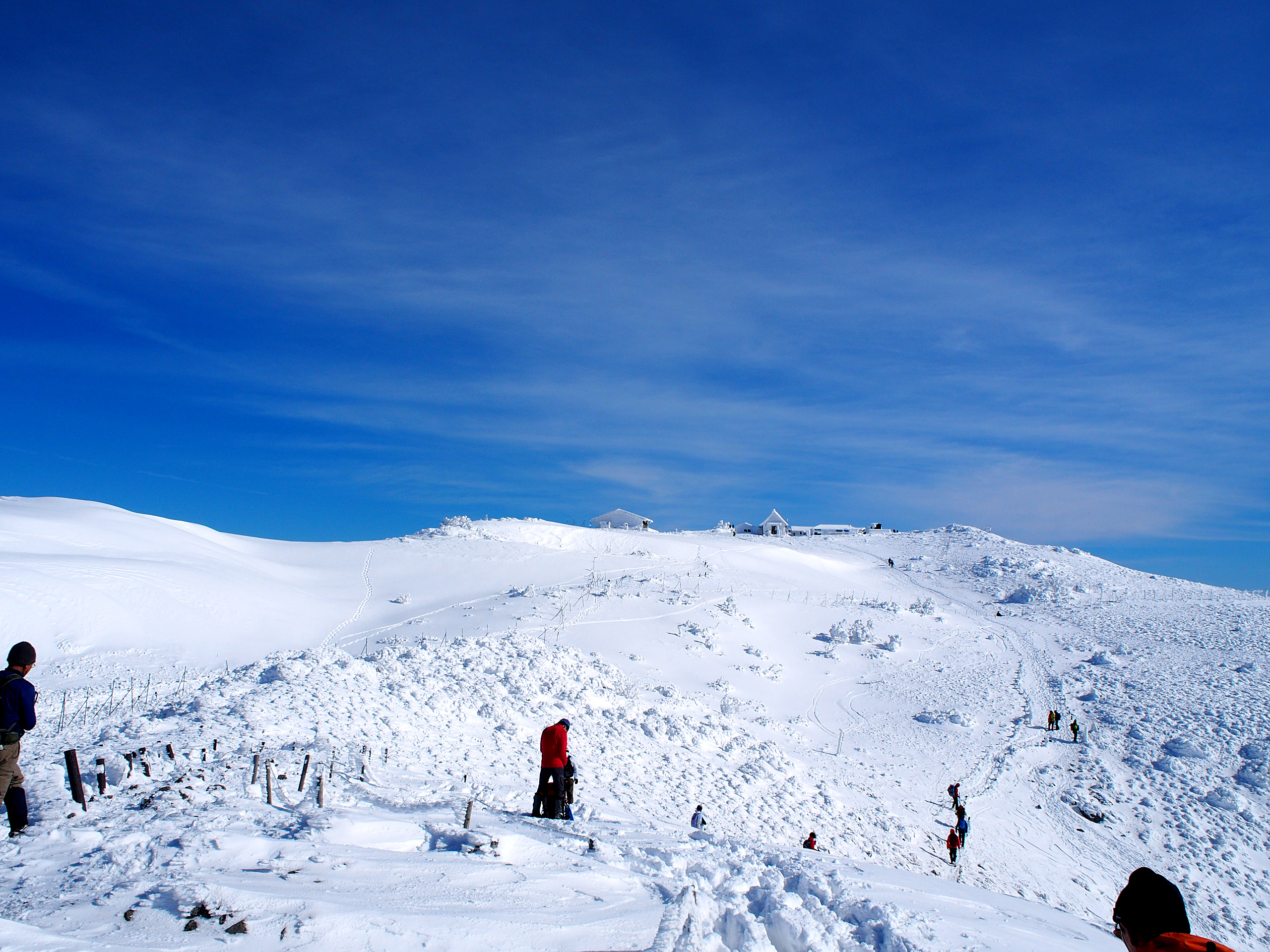 展望所から山頂方面