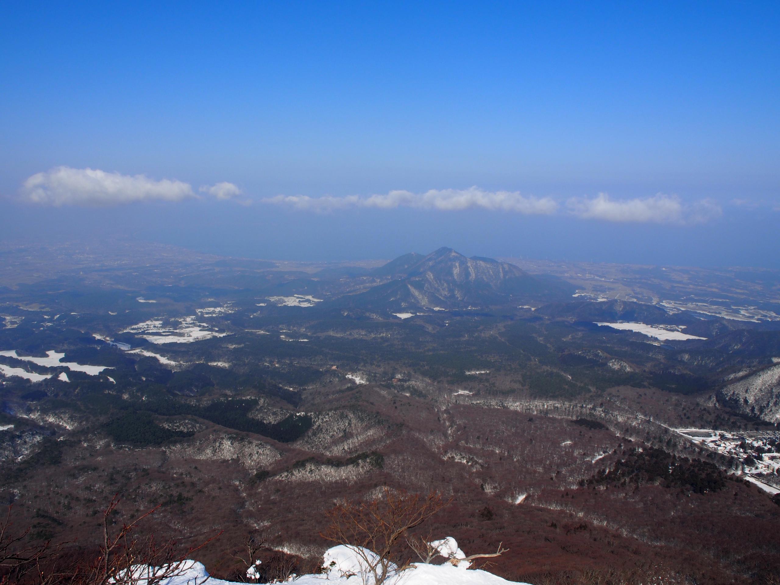 日本海を見ながら下山