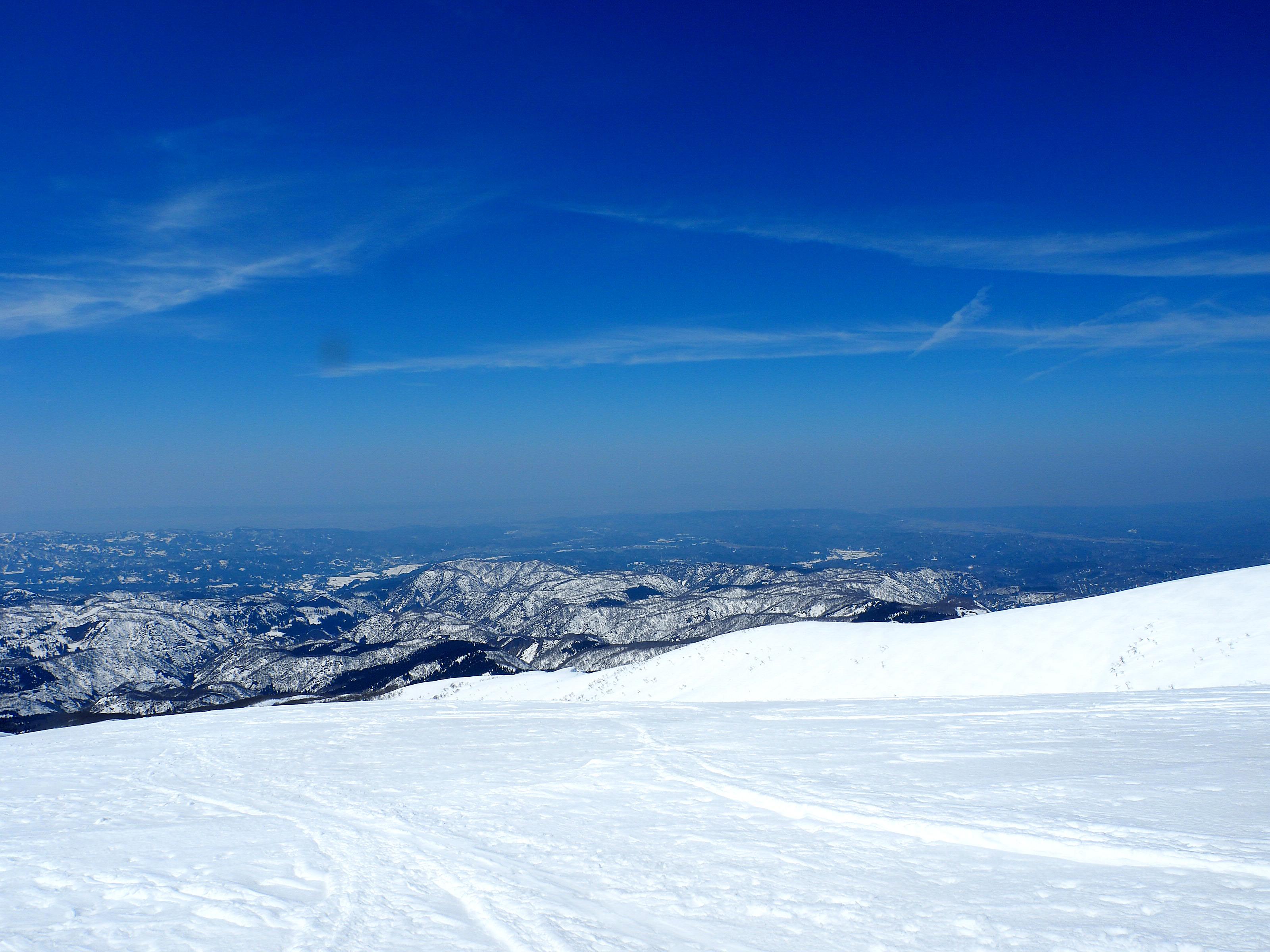 守門岳から日本海