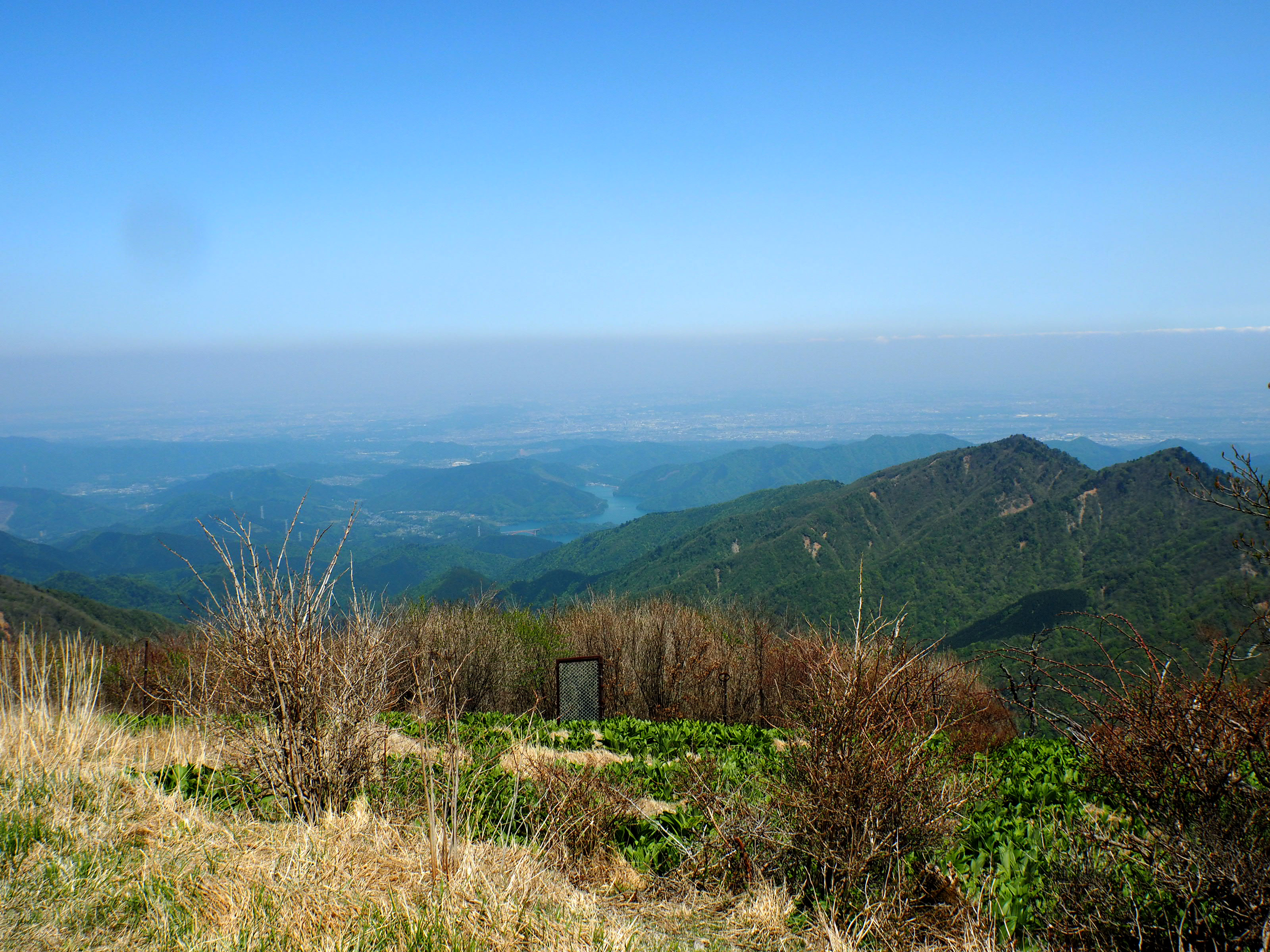 蛭ヶ岳山荘前から
